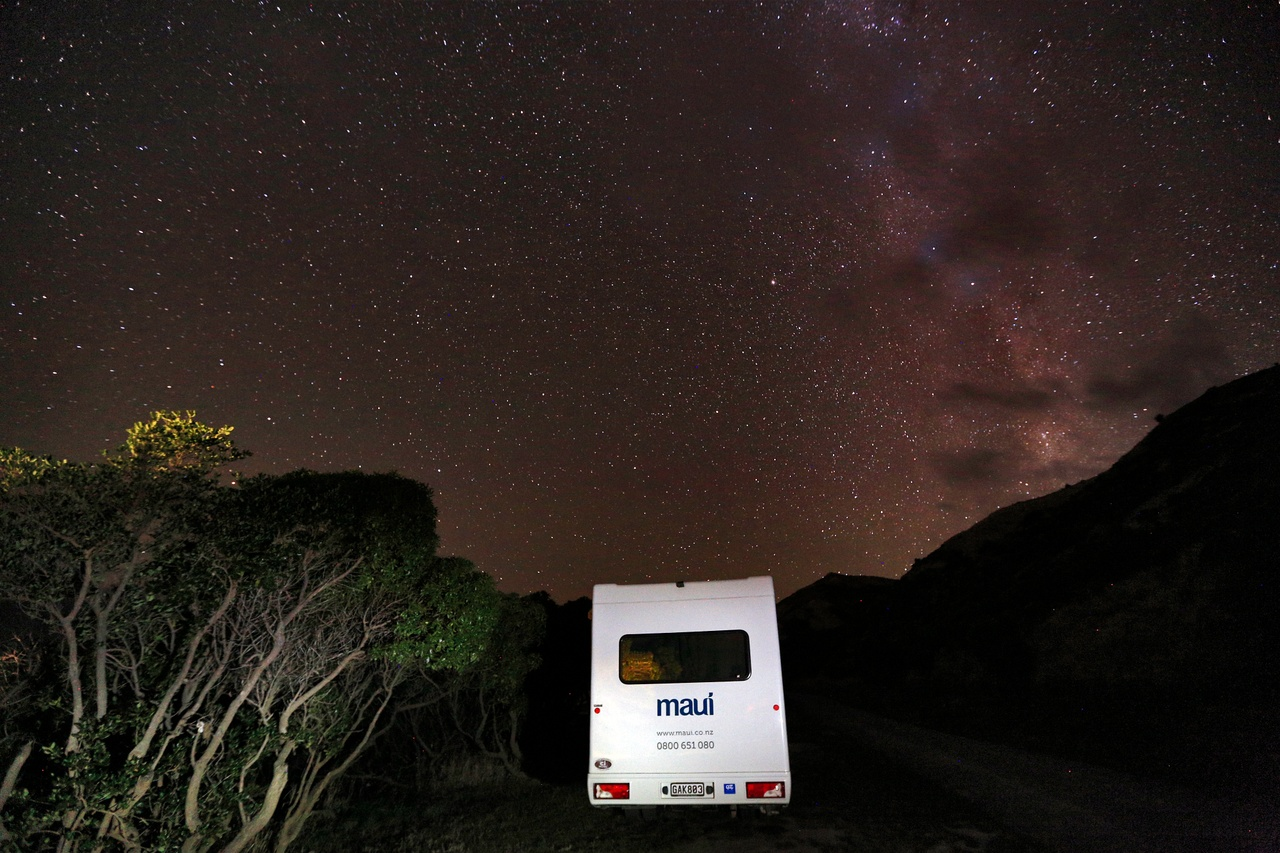 Maui Sunset Campervan - good for 4 adults and 2 kids